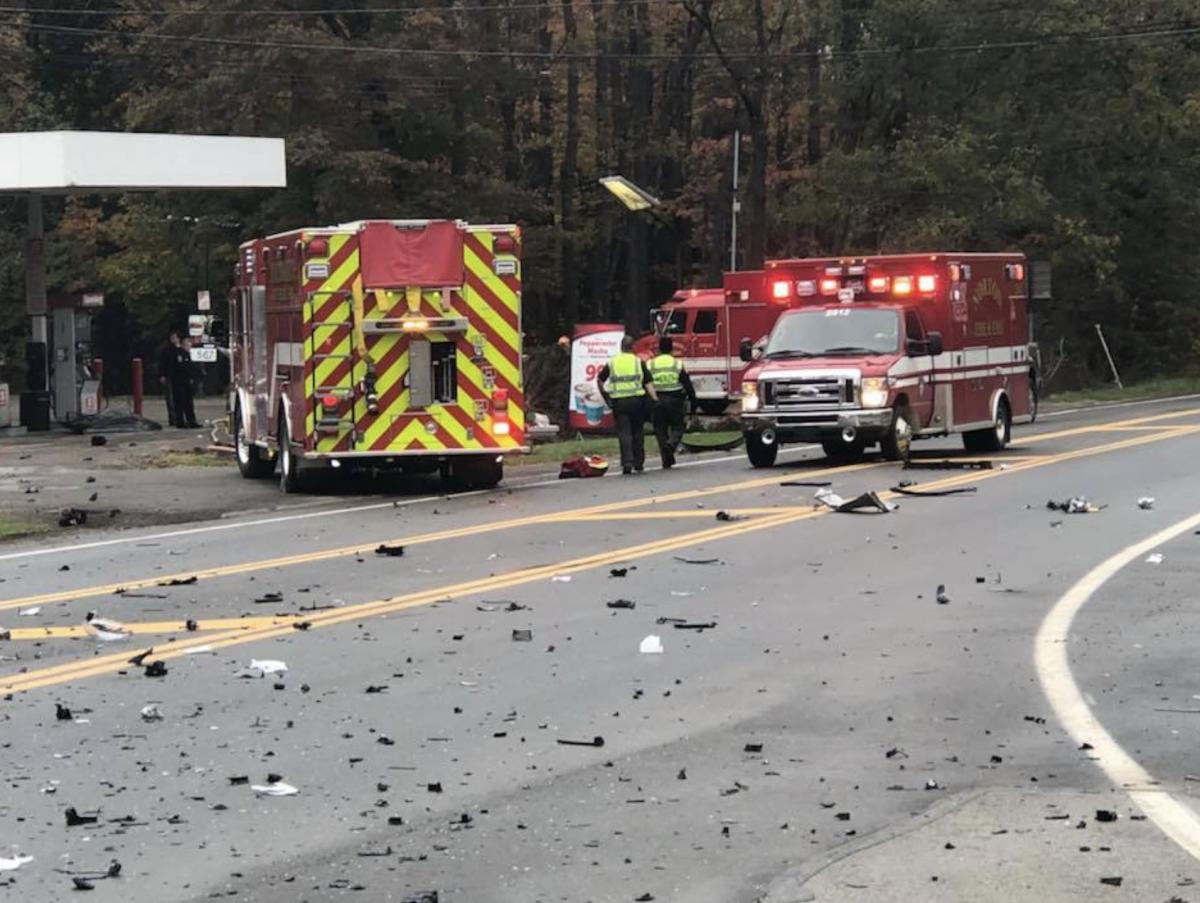 Crash closes roads - Barberton Herald
